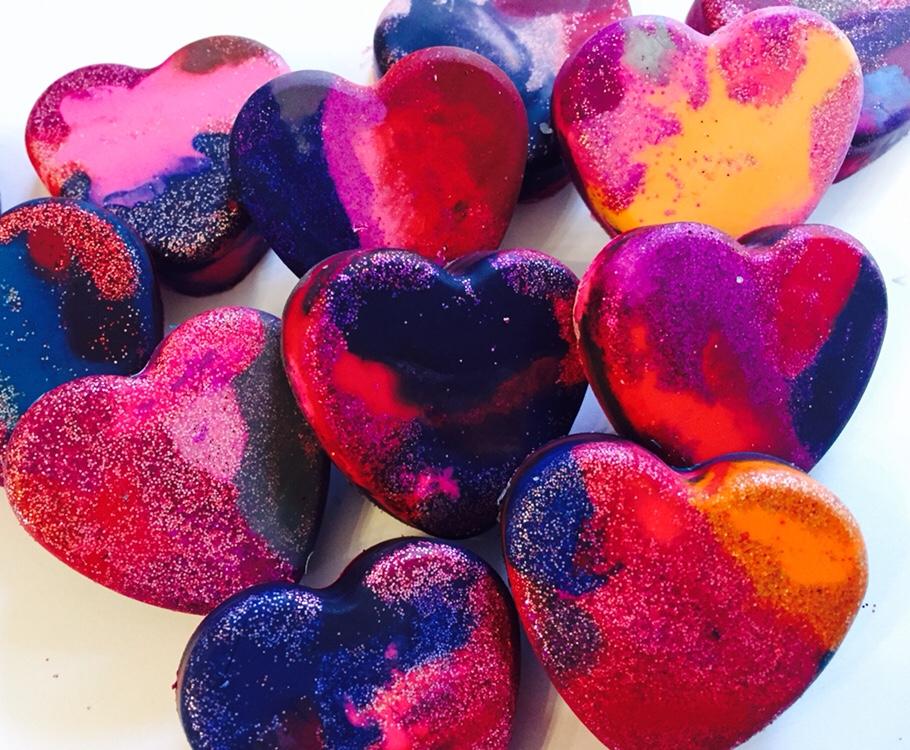 DIY Valentine's Day Glitter Crayon Hearts