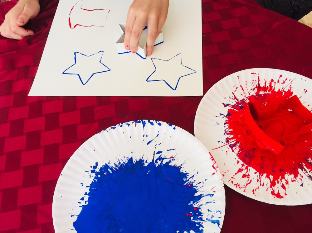 Patriotic Cookie Cutter Painting Glitter On A Dime