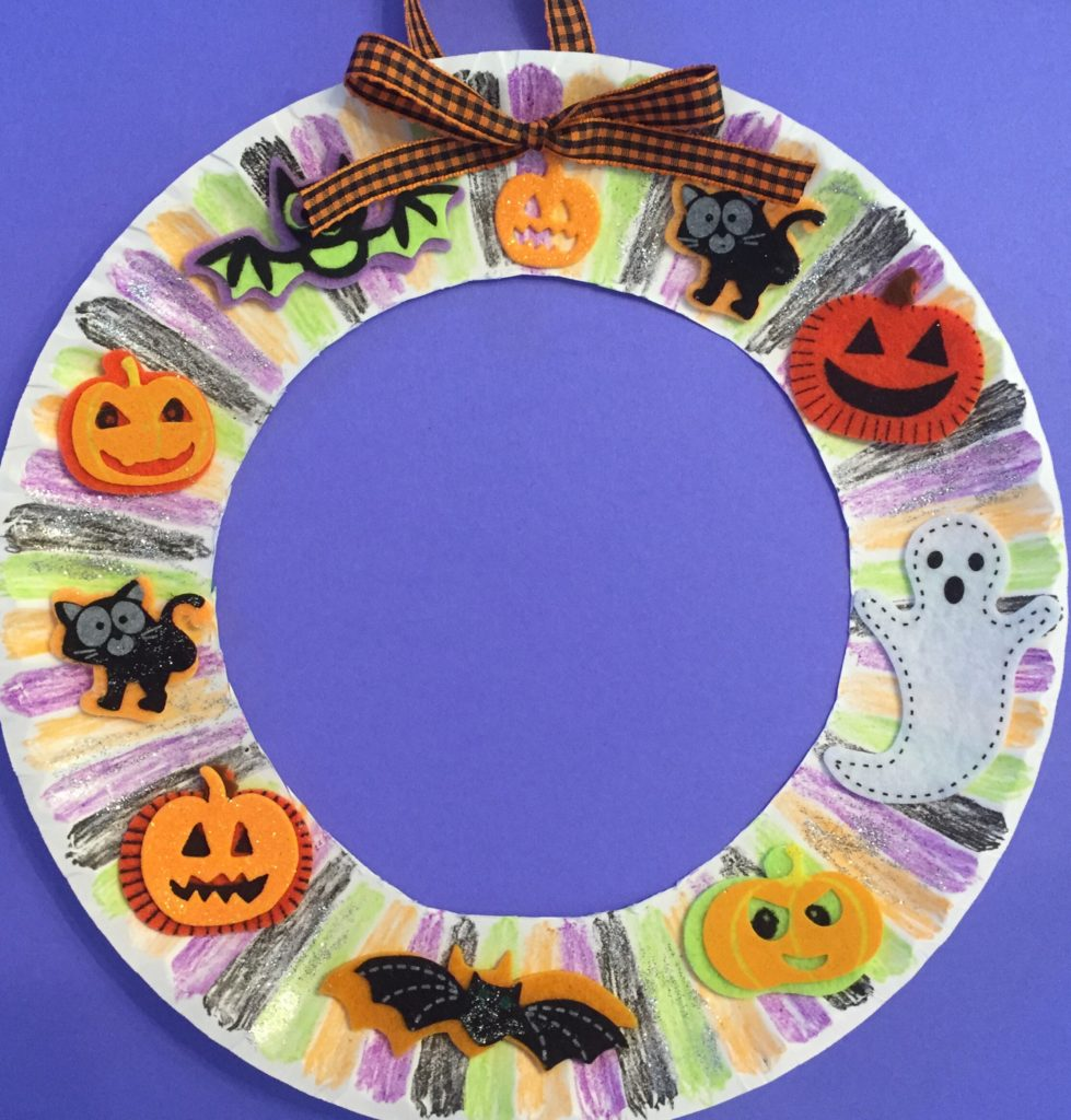 Easy Halloween Paper Plate Wreath Craft for Kids