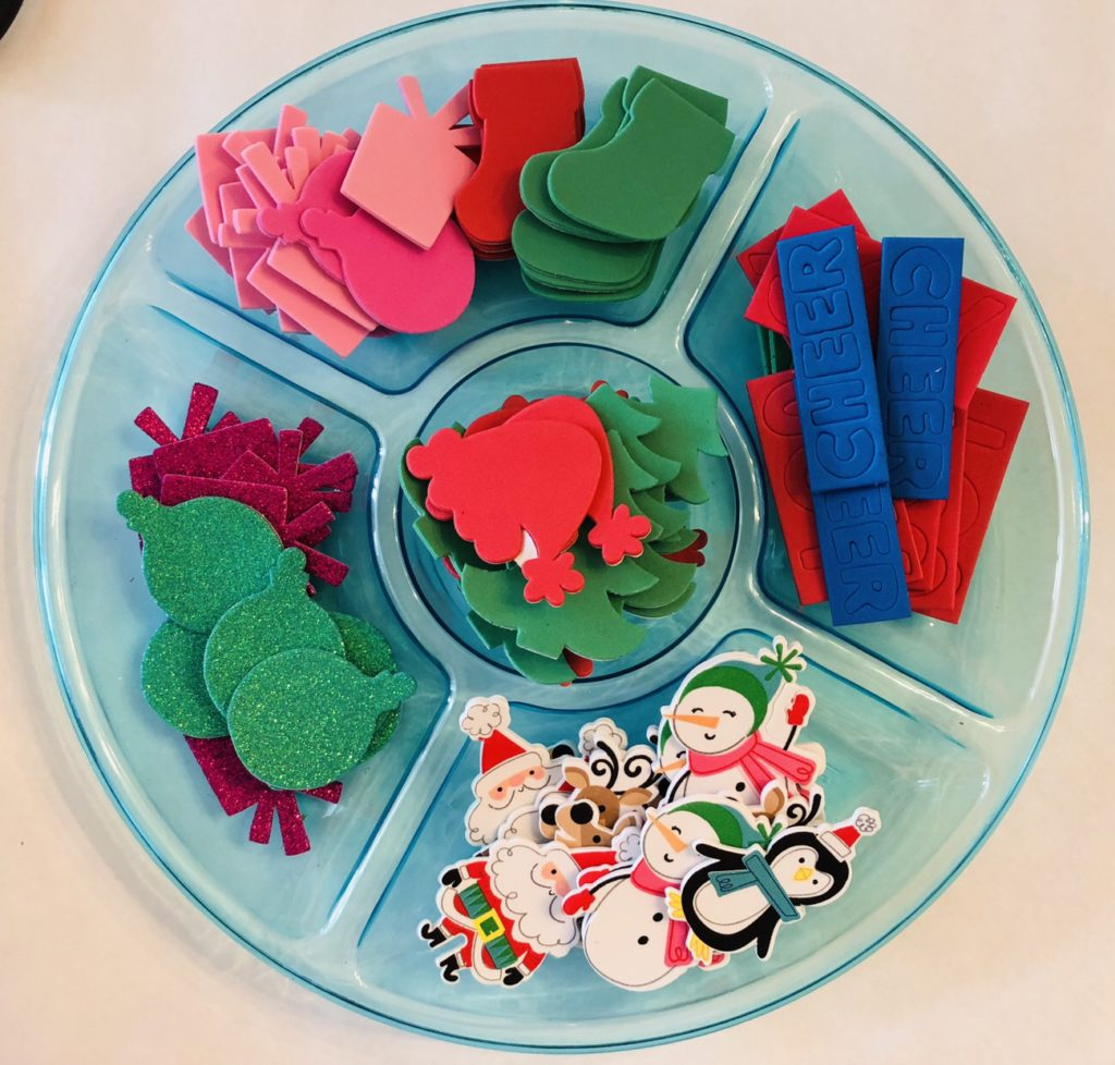 Christmas Paper Plate Wreath Craft