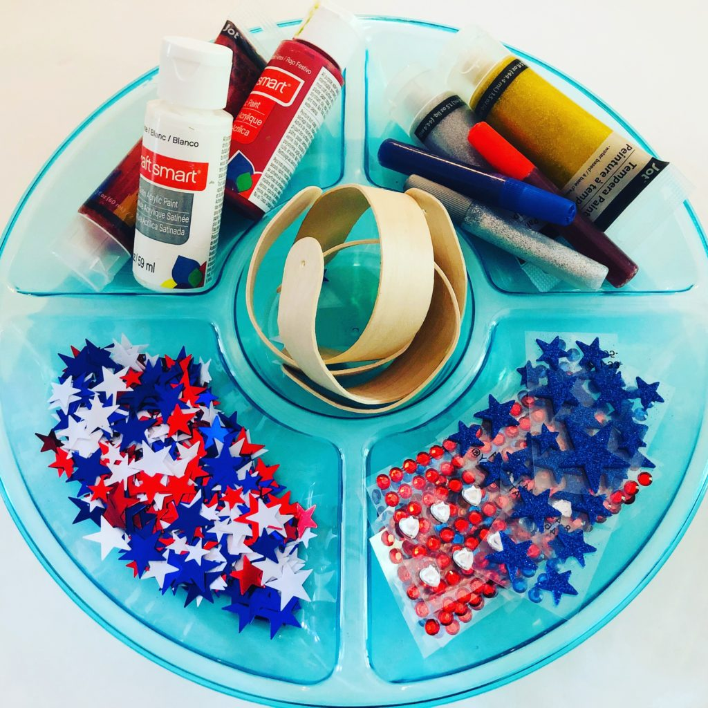 patriotic craft supply tray