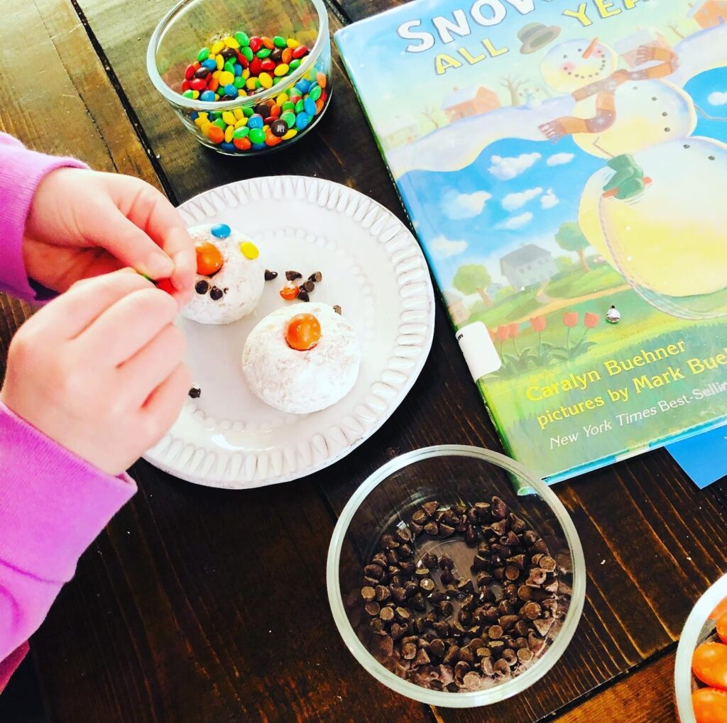 Snowman Donut Snack Craft for Kids