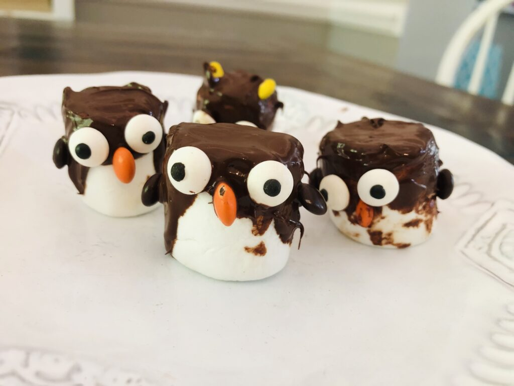 Penguin Marshmallows Snack Craft