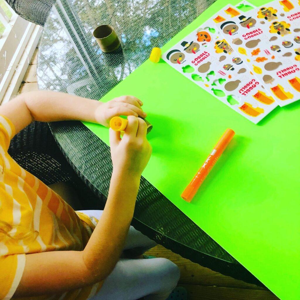 Thanksgiving Napkin Ring Craft for Kids