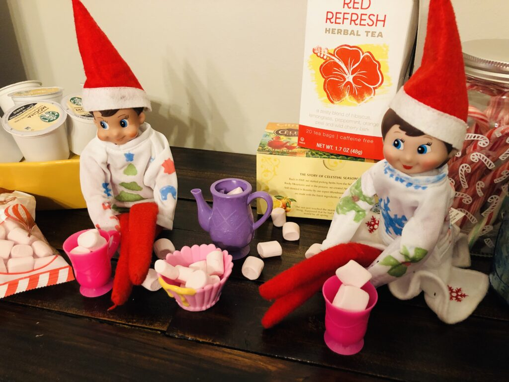 Easy Elf on the Shelf Idea